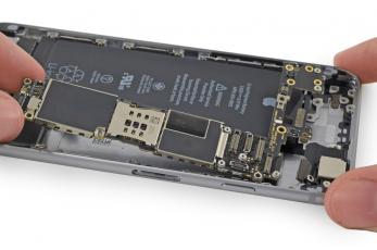 Ремонт и замена системной платы iPhone
