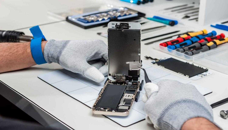 Замена батареи iPhone в Киеве